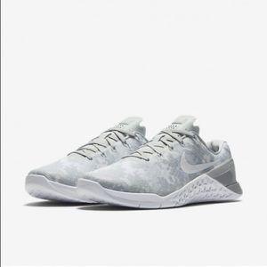 Nike Metcon 3 Women's Training Sneakers